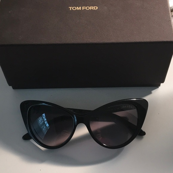 d17fb4d459f9 Authentic Tom Ford Nikita Sunglasses. M 5a4d16ab8df470aa4801ade3